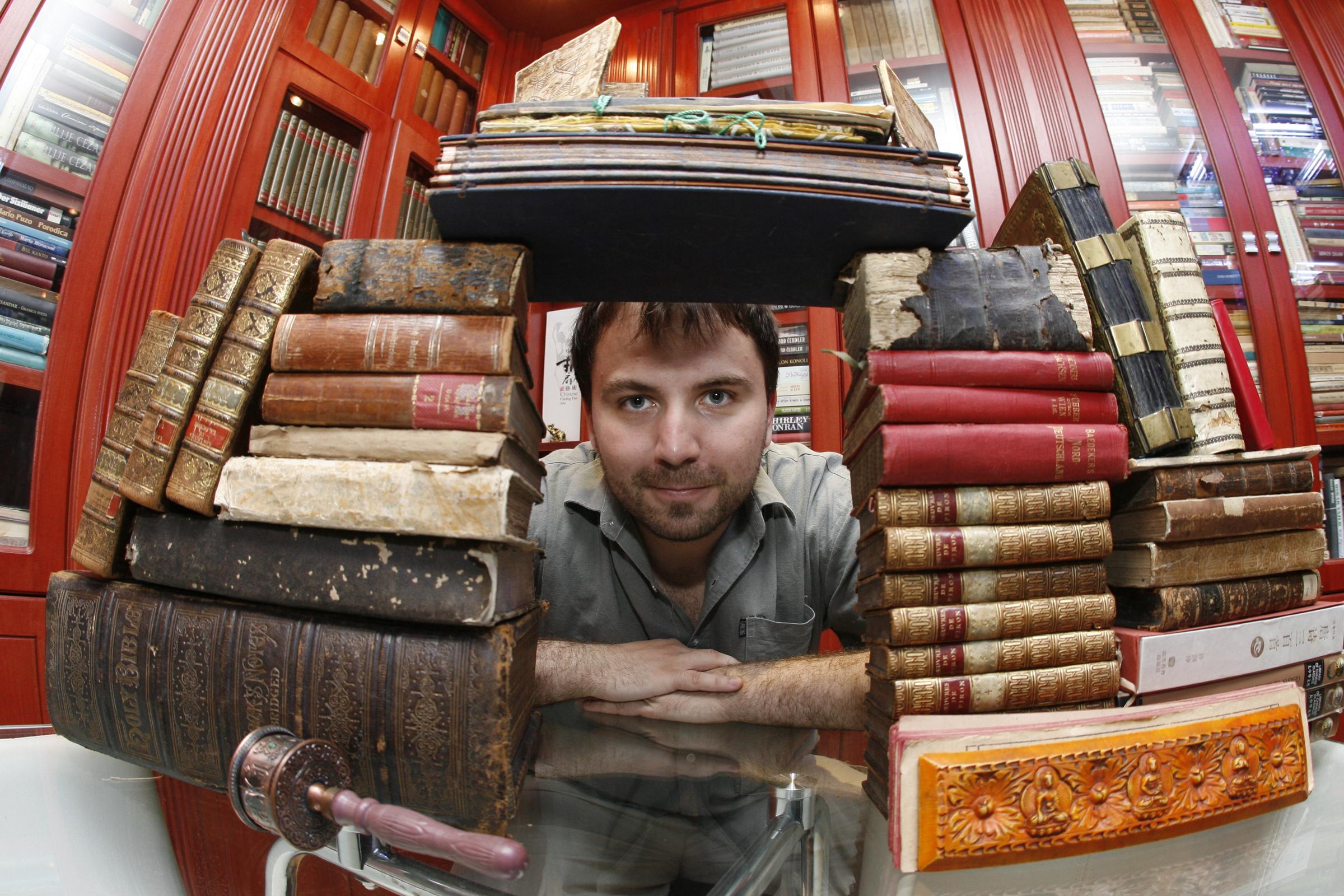 Viktor Lazić: Književnik je oznaka moje suštine