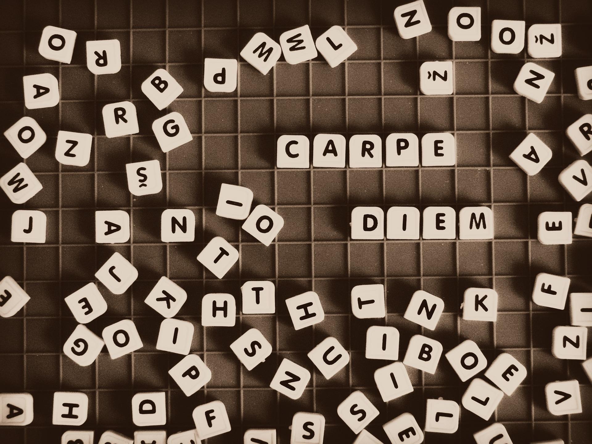 15 latinskih izreka u kojima će se pronaći svaki student!