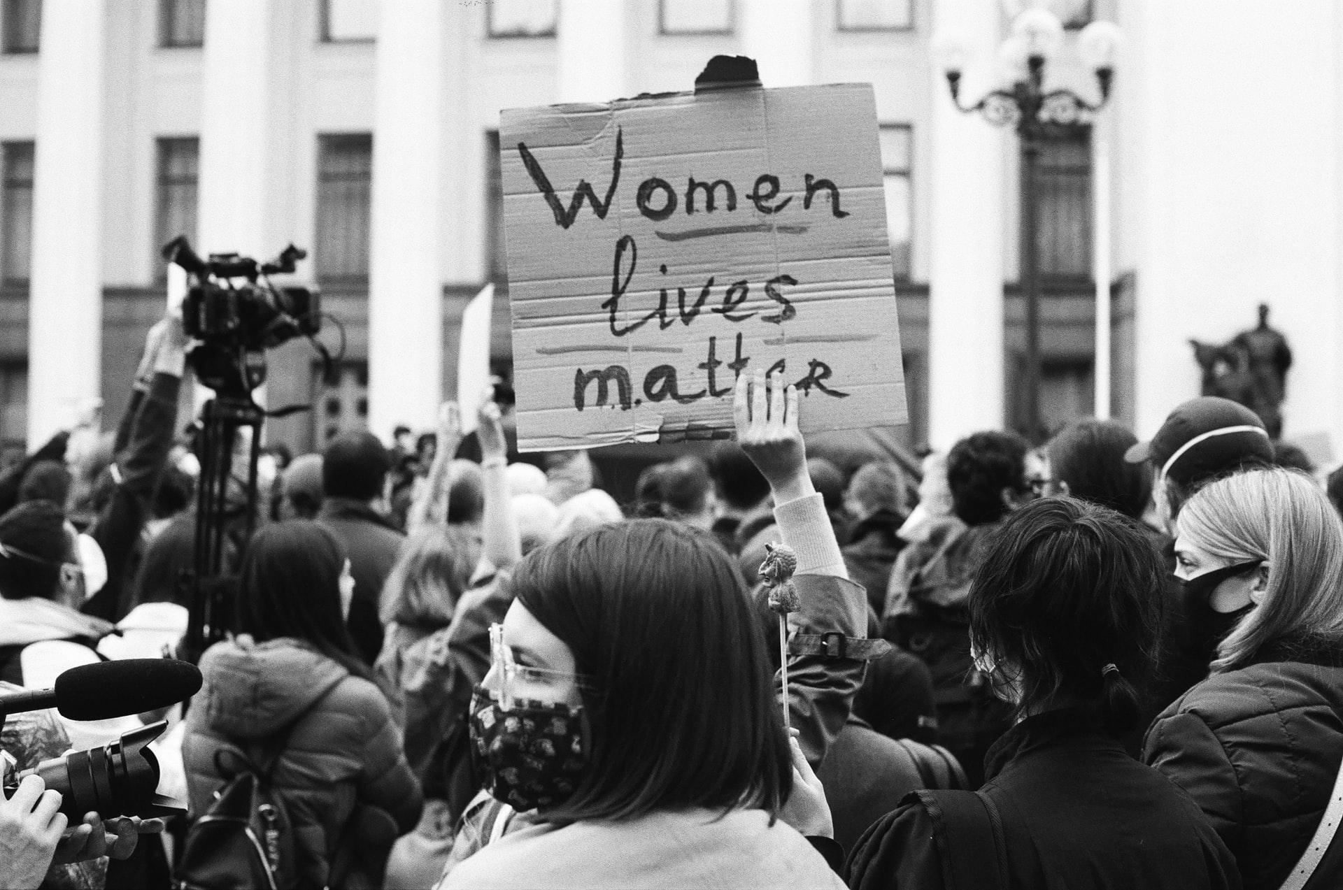Abortus i protesti u Poljskoj: čija su ženska tela?