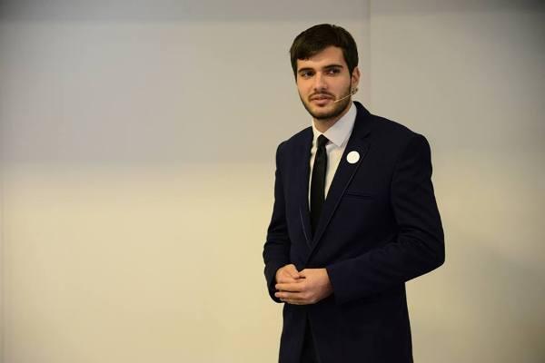 Zoran Tomić: zaljubljenik u astronomiju