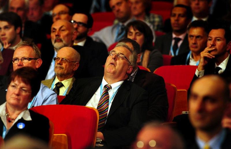 Zaspati na koncertu klasične muzike...