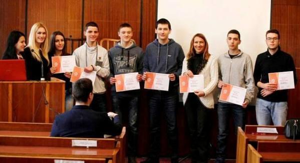 Najboljim mladim programerima dodeljene nagrade